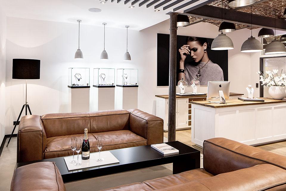 Loungebereich der Brauksiepe Goldschmiedemanufaktur